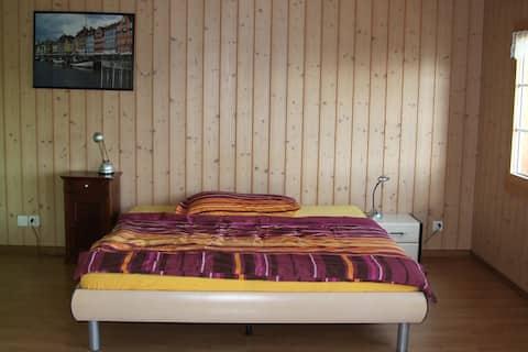 Privates Zimmer in Bauernhaus an idyllischer Lage