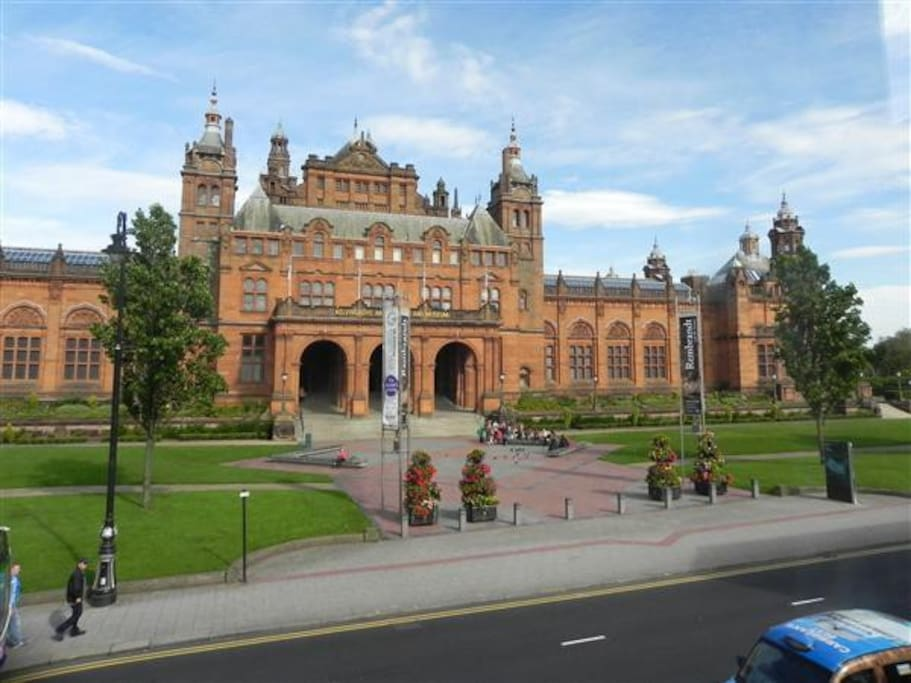 The end of your street: Kelvingrove Art Gallery and the beautiful Kelvingrove Park