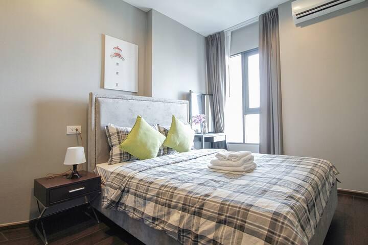 Modern Room located in Sukhumvit area