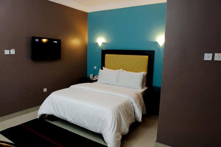 Linton Host Hotels - Executive Room