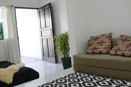 Cozy Studio in best area of Escazu - Escazu - Daire