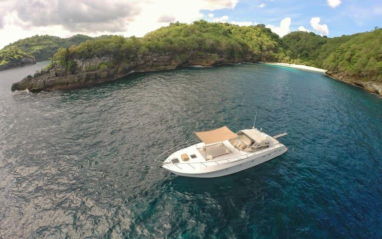 BALI BOAT Gili Islands Luxury Yacht Cruise Charter