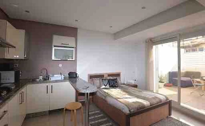Amazing city center flat! with great sunny terrace
