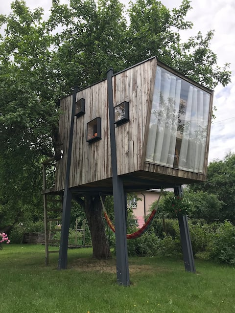 Comfort treehouse in the centre of Estonia