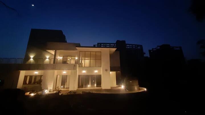 Madhuban large 4BHK family villa near Lonavala