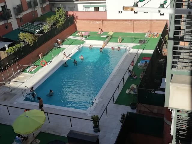 Apartment with pool - 4 PAX