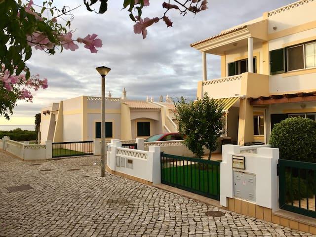 Kusane @ Benagil, Portuguese Algarve - Carvoeiro - Huis