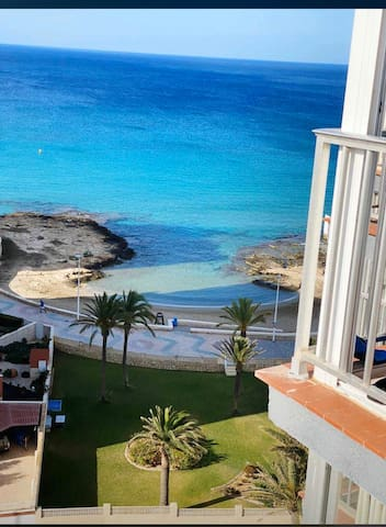 Calpe, primera línea, vistas salinas y playa,