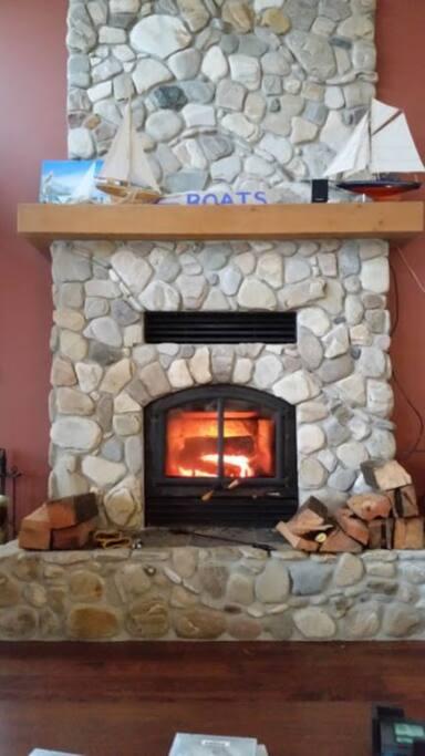 Fireplace so cozy!