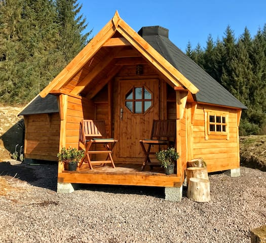 The Nest Glamping cabin with en-suite.