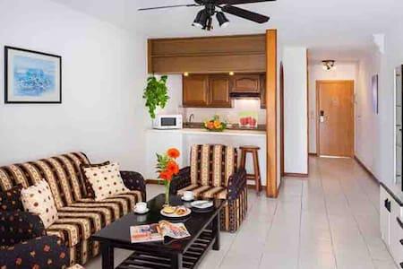 Apartamento en Tropical Park Adeje - Adeje