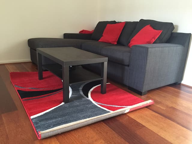 Quiet and clean apartment in Elsternwick with wifi - Elsternwick - Huoneisto