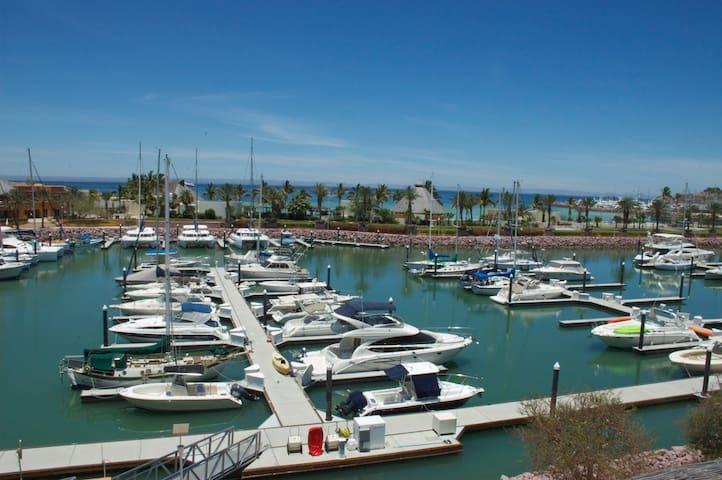 Condo Puerta Cortes 2 terraces playa access. PM205