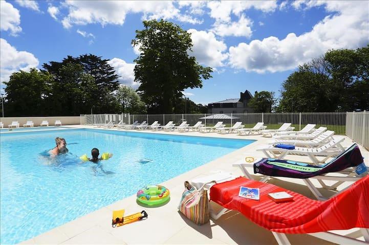 Audierne Maison pour 6 personnes avec piscine
