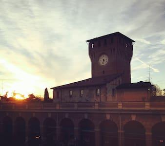 Accogliente mono 45mq in piazza - Montecchio Emilia - Huoneisto