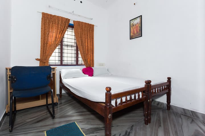 Budget room at  heart of the Fort Kochi