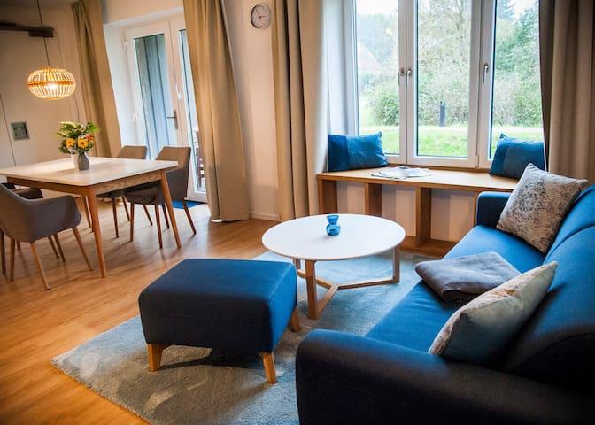 """""""Kleiner Haussee"""" Souterrain Wohnung mit Terrasse"""