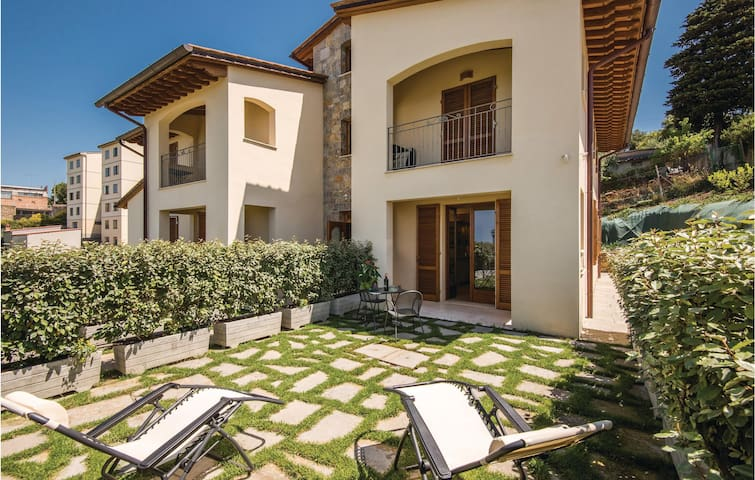 Holiday apartment with 2 bedrooms on 47m² in Castellina in Chianti