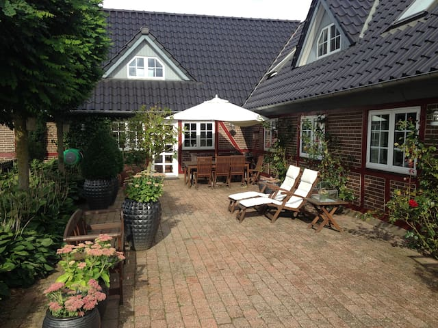 Country Bed & Breakfast Horsens - Horsens - Bed & Breakfast