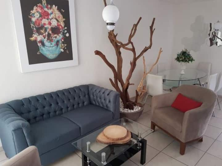 Casa confortable, rumbo Tesistan y Tec Monterrey