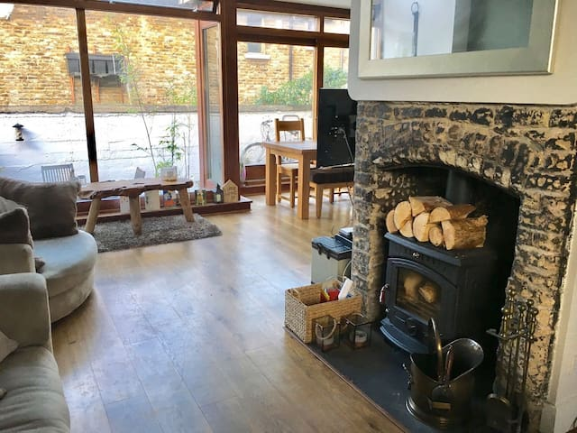 House full of character - Great location! - Dublin 8 - Dom