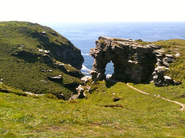 Guidebook for Tintagel