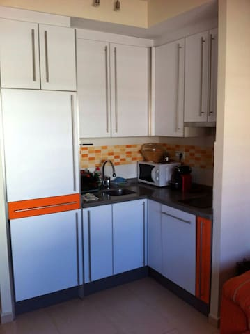Apartamento de 1 dormitorio 3/4 p - Лепе - Квартира