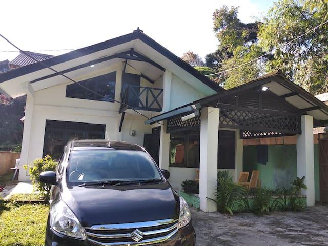 Villa Sahabat