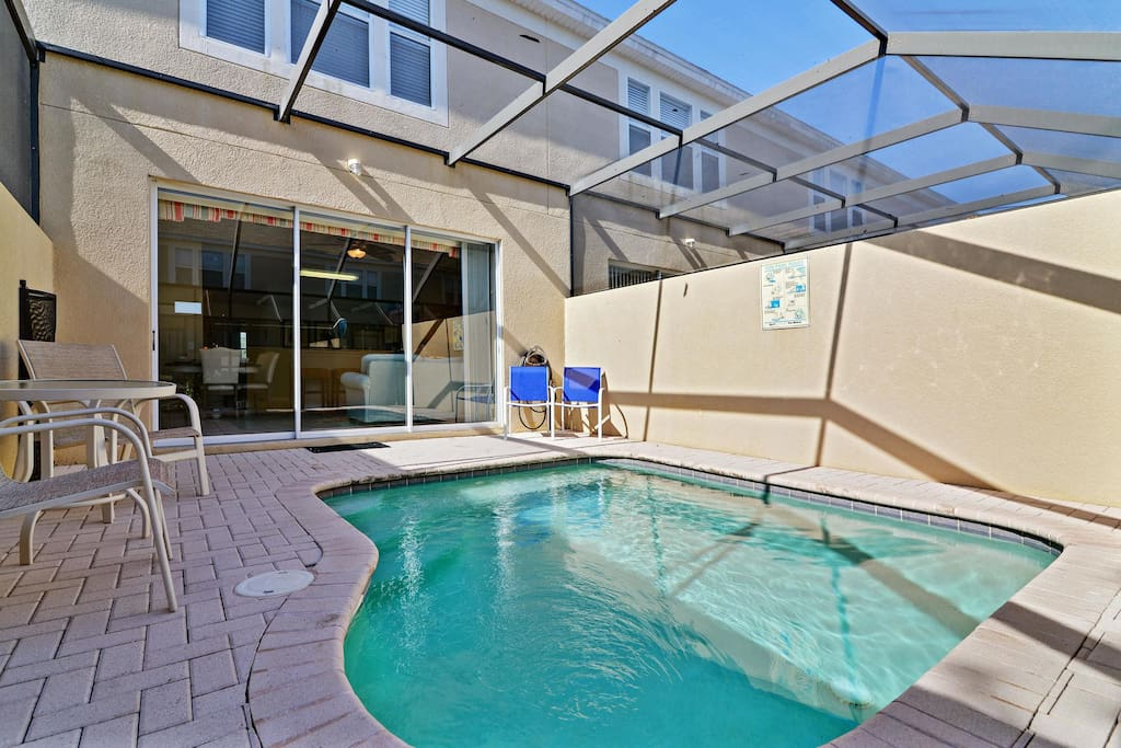 Enjoy the Florida sunshine in your private, enclosed pool area! Relax on the deck reading a book or enjoying a nice drink.