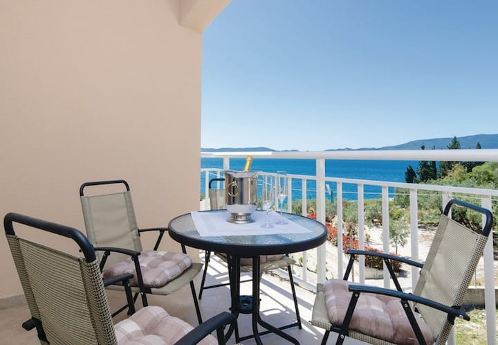 Apartment Ljuba - in center & close to the beach: A2(2+2) Duba, Riviera Dubrovnik