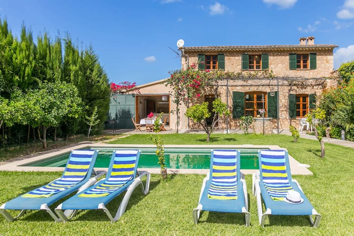 Beautiful Villa with pool in Soller