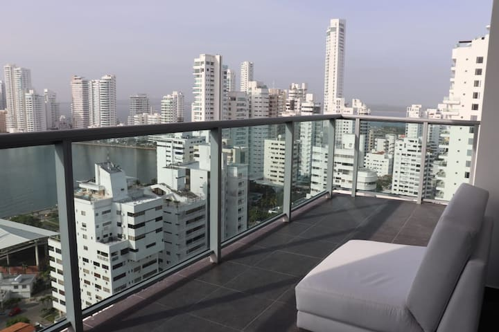 Luxury Cartagena Apartment. Great View  floor 20.