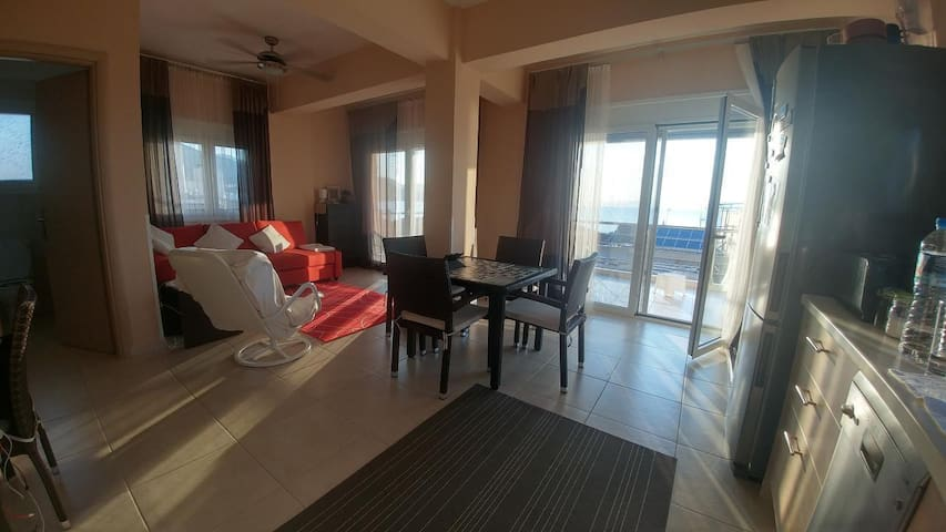 Sunset apartment accommodation with fantastic panoramic seaview