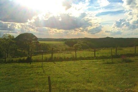 Gîte avec vue sur la campagne