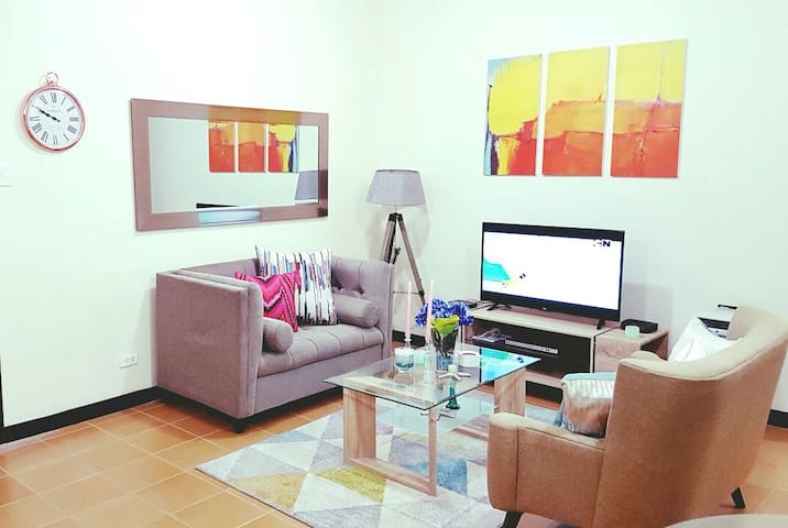 New 2BR unit.bestvalue.Fits 7.wifi. - Makati - อพาร์ทเมนท์