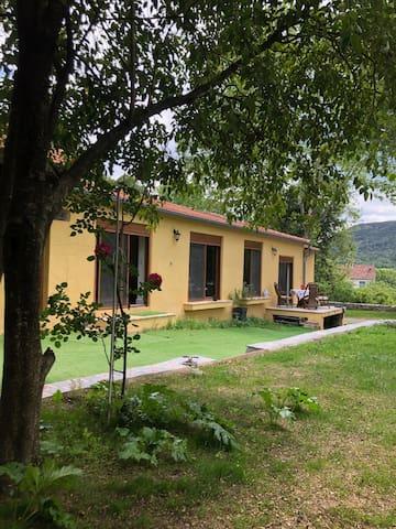Maison dans les Cévennes isolée et calme