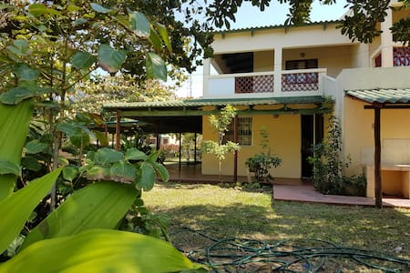 Centrally located family home - Ponta do Ouro