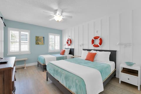 Beach cottage | 100yds to the beach