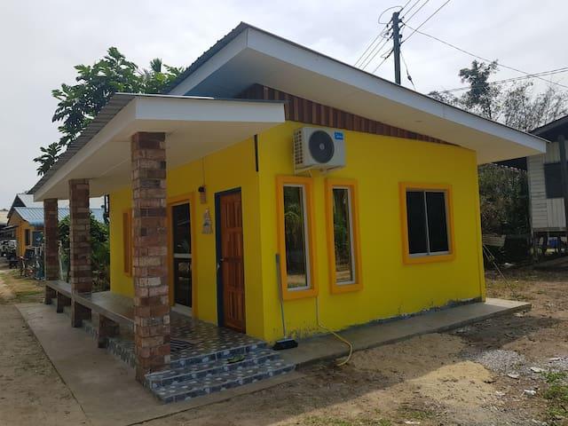 Izara homestay Branch Sibuti 2