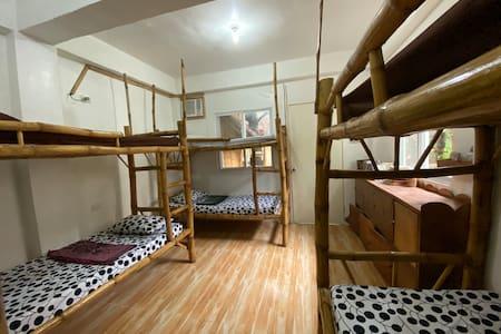 Neverland Malapascua Aircon mixed dorm
