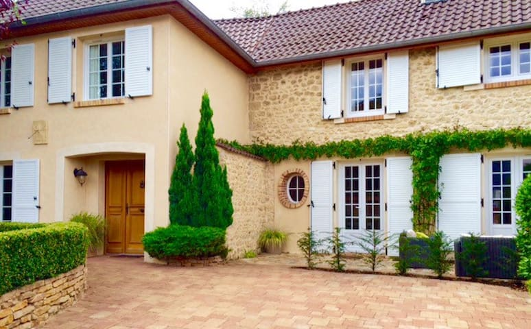 B&B La maison de Manolie - Courcelles-Sapicourt