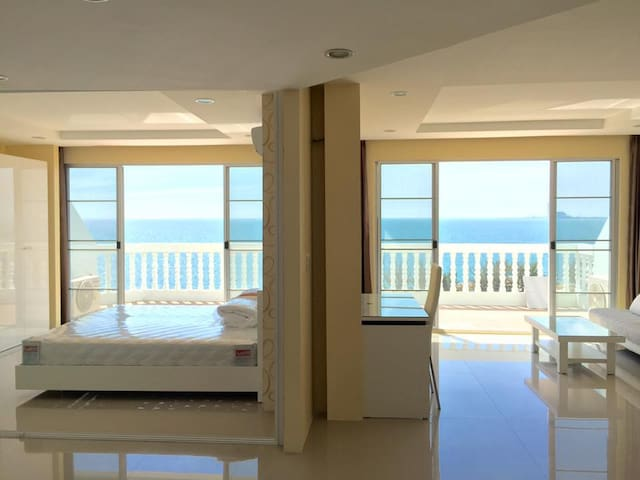 Private Condo on the Beach - Rayong - Apartamento