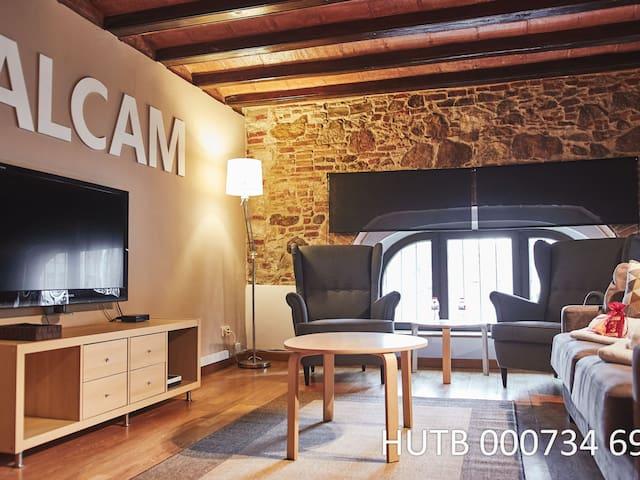 056. Icaria Apartment