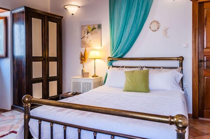 Plaka Queen Room - Πλάκα Μηλος - Apartment