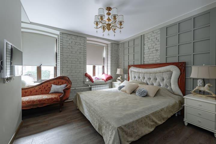 Victoria Apartment Renaissance on Rubinstein 8.
