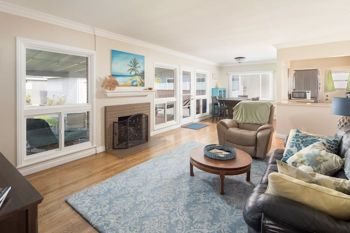 Charming Torrance Home with Private Yard