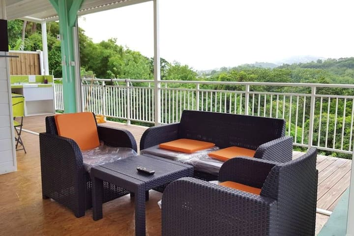 Bungalow with one bedroom in Saint-Esprit, with enclosed garden and WiFi