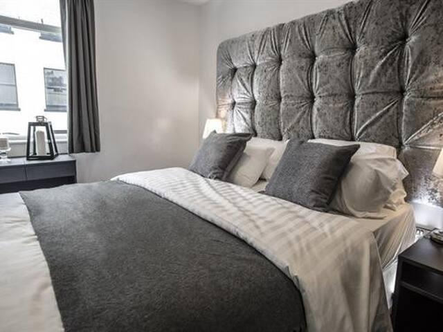 Double en-suites comfortable double bed