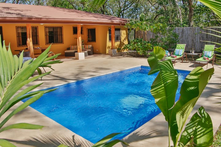 Casa Alegre, fantastic 4 bedroom home with pool