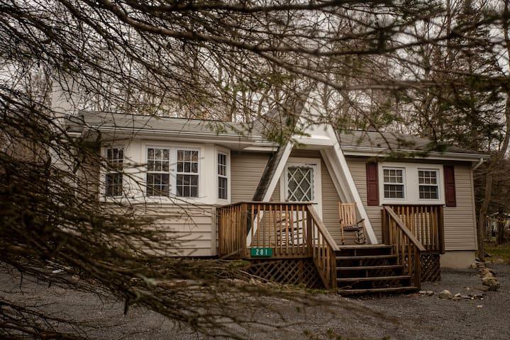 Oma's Lake House